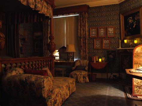 castle bedrooms scotney castle treasure hunt