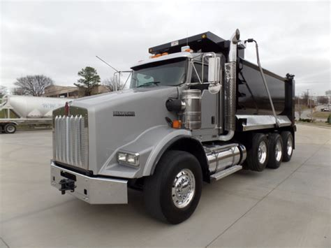 kenworth t800 dump truck 2015 kenworth t800 dump trucks for sale 40 used trucks