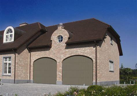comment choisir sa porte de garage smf services