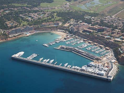 porto palma di maiorca mallorca 180 s superyacht marina adriano yacht charter