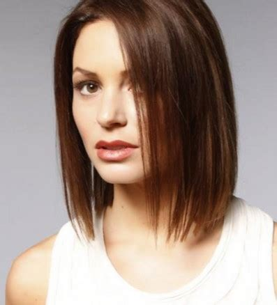 a hairstyle that can be styled feminine or masculine female haircut style