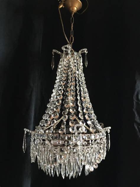 lustre montgolfiere lustre montgolfiere en cristal de baccarat antiquites en