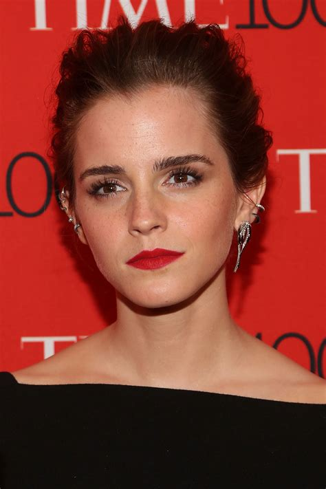 emma watson face shape here s how to get the best eyebrows for your face shape