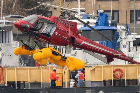 doors helicopter crash nyc faa bans doors helicopter flights after east river