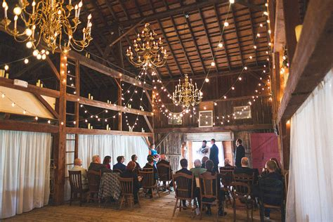 barn weddings in nj s barn wedding aleesha steven chris bartow