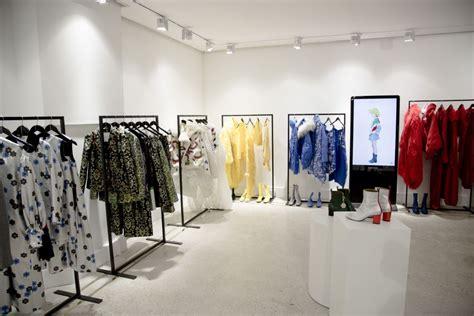 ordre  showroom multi label showrooms mini web