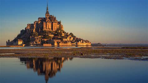 mont saint michel bay  high tide manche normandy