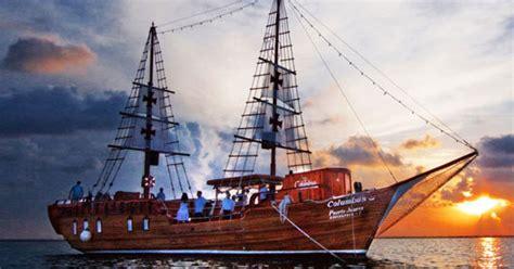 captain hook pirate ship   riviera maya