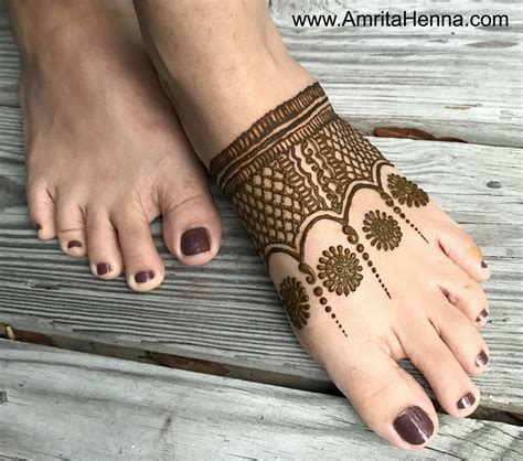 top 5 easy and quick feet henna designs for beginners