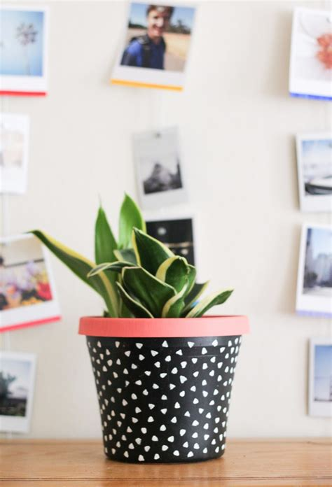 Planter Diy by 11 Diy Planter Projects For The Crafted