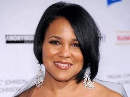 african american middle age professional woman hairstyles 21 best middle age images on pinterest hair cut