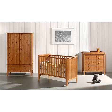 Nursery Bedroom Set by Bedroom Nursery Furniture Sets