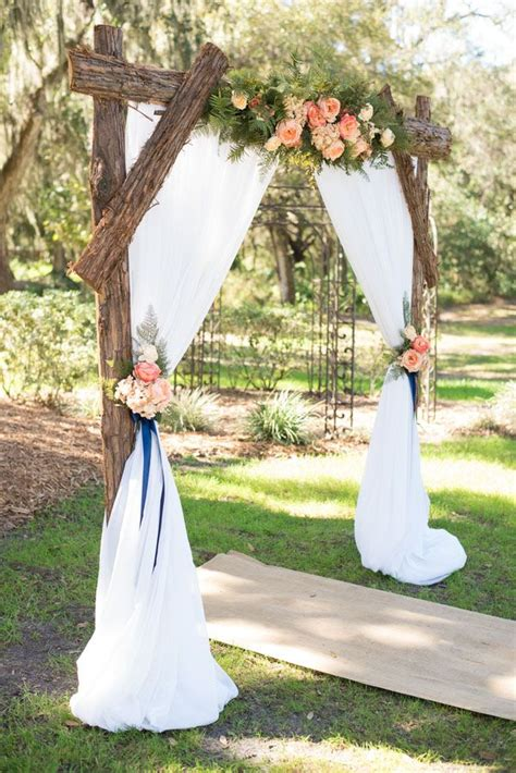 how to make a rustic wedding arch 25 chic and easy rustic wedding arch ideas for diy brides