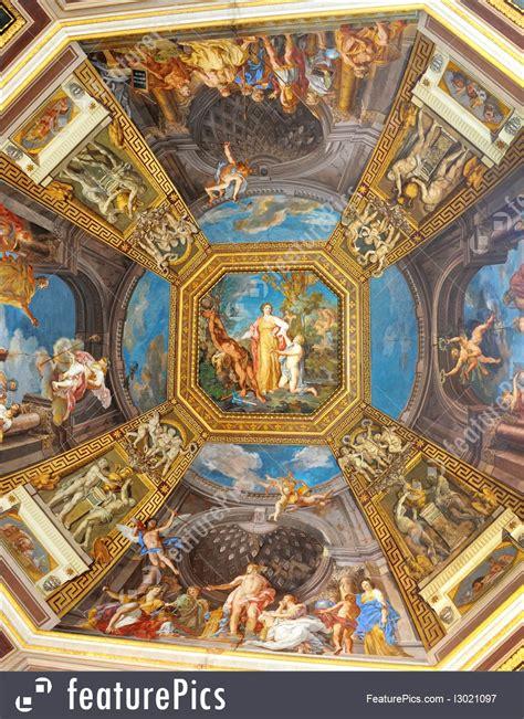 picture  renaissance ceiling