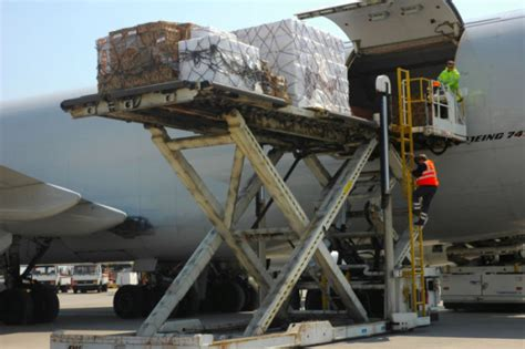 uk freight forwarders welcome customs fallback system air cargo week