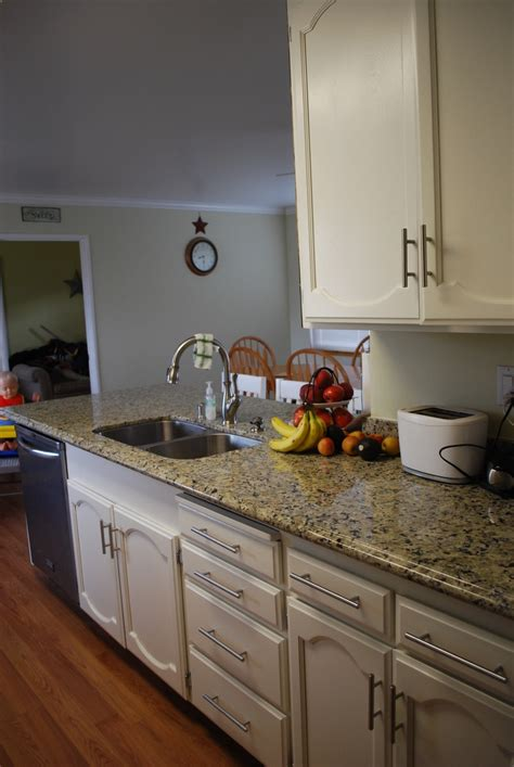 no my new white kitchen   painted cabinets (Kelly Moore