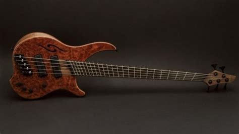 fanned fret bass guitar is there a learning curve to fanned frets ebass