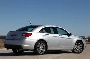 Reviews On The Chrysler 200 2011 Chrysler 200 Review Photo Gallery Autoblog