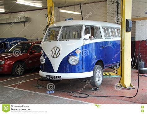 volkswagen garage vintage volkswagen garage repairs editorial photography