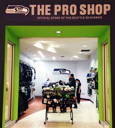 Pro Shopping Season by Seahawks Pro Shop Opens At Bellevue Square In Time For