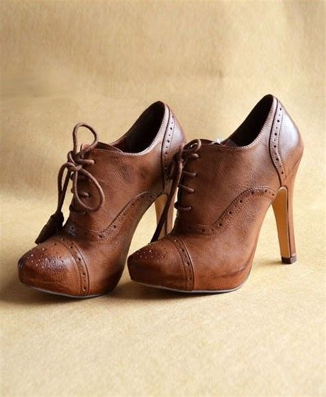 vintage brown point toe ankle boots with high heeled and