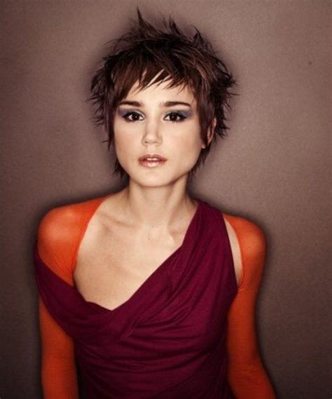 cute short spiky bobs modern short messy pixie hairstyle haircuts for women