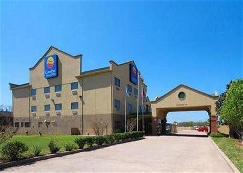 comfort suites waco comfort inn suites waco waco deals see hotel photos