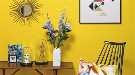decorar pared amarilla pared amarilla comb 237 nala con estilos y colores westwing