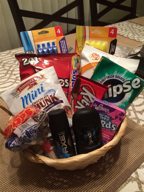 high school boy christmas ideas 8th grade graduation gift for a boy gift basket ideas graduation gifts and gift
