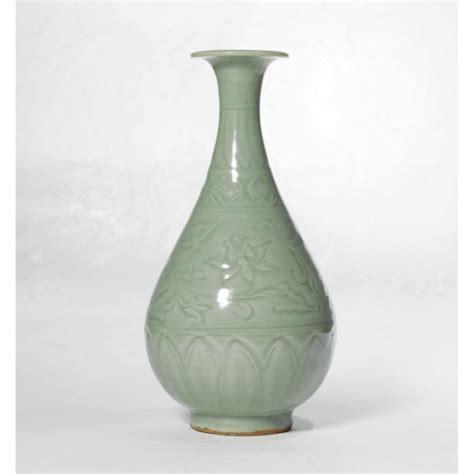 Celedon Vase by Longquan Celadon Vase Yuan Dynasty 80 100k 506 500