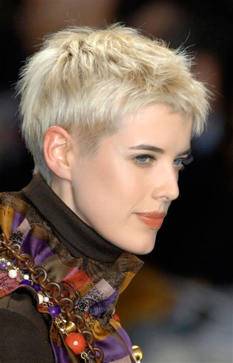 2016 short pixie hairstyles for thick hair 2016 runway inspired hairstyle ideas for pixie haircuts