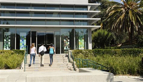 Woodbury College Mba by How To Apply For Undergraduates Woodbury