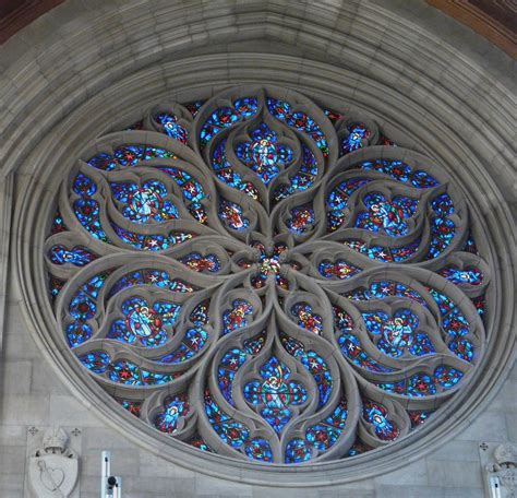 panoramio photo of the rose window in the cathedral of