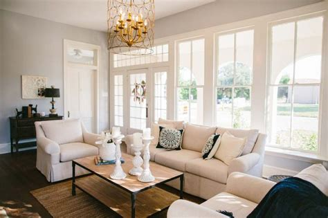 magnolia living room designs living room hgtv s fixer magnolia homes search babies and fixer