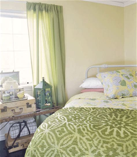 Bedroom Decorating Ideas Green Curtains 11 Ways To Add Green Color To Bedroom Decor