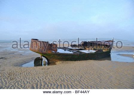red bay boats ltd abandoned ship wreck on the beach dungeness kent