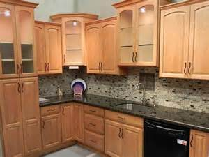 Photos Of Kitchens With Oak Cabinets Kitchen Kitchen Paint Colors With Oak Cabinets Paint