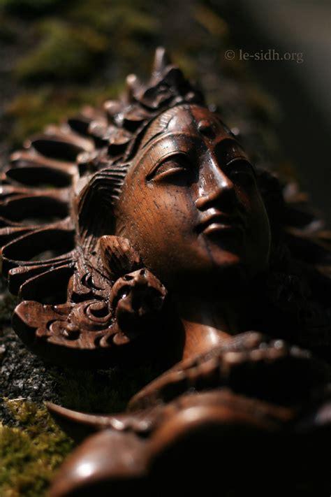 Dewi Sri dewi sri les portes du sidh