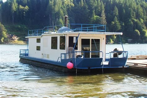 boat house for rent 2014 houseboat mothership house ideas pinterest