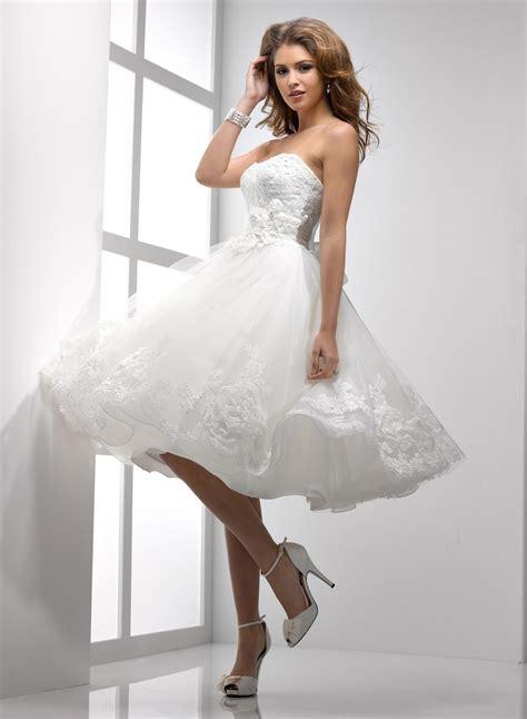 Kurzes Brautkleid Spitze by March 2014 Wedding Dresses