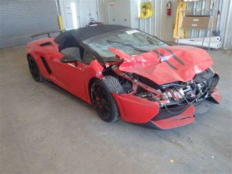 lamborghini salvage wrecked lamborghinis 28 images wrecked airplanes for