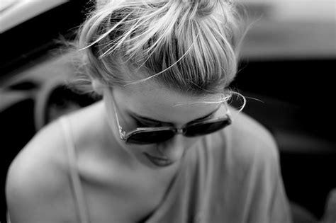 fotos de amor tumblr preto e branco luxos de uma garota fotos p b