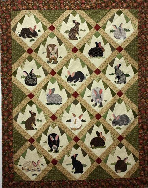 Rabbit Quilt Pattern rabbit tracks applique quilt pattern by warr