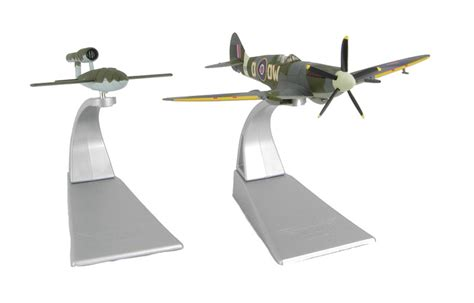 doodlebug flying hattons co uk corgi collectables aa38703 spitfire mkxiv
