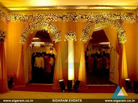 Wedding Reception Entrance by Wedding And Reception Door Entrance Decorations In