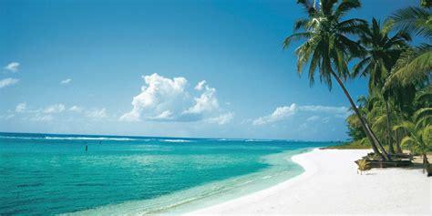 where are the cayman islands on a world map cayman islands fugitive back to panama