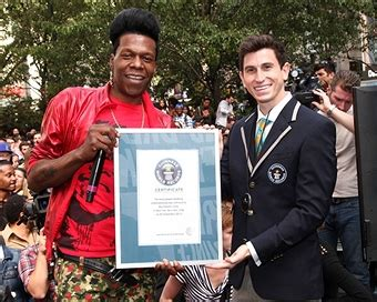 Big Herald Records Fuse Big Freedia Set Guinness World Record With 250 Twerkers In Herald Square Photos