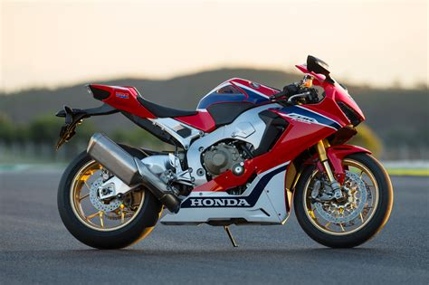 Honda Cbr 1000rr by Ride Honda Cbr1000rr F Page 1 Visordown