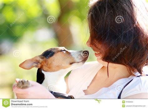 perros cojiendo mujeres stupidvideos mujer pegada con el perro mujer cojiendo con perro y