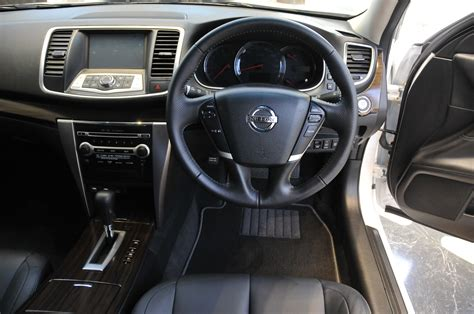 nissan teana interior 2013 nissan teana launched now with blind spot warning
